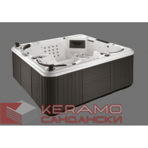 Хидромасажна вана за открито пространство размер: 2200х2200х950 мм